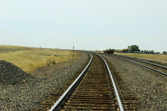 Eisenbahnschienen verbogen