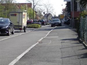 Radweg zugeparkt