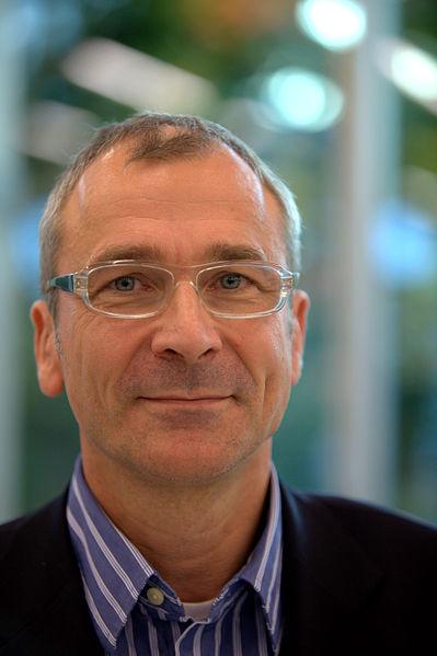 Volker Beck Crystal