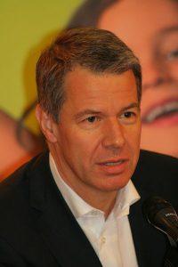 Peter Kloeepel